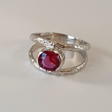 Reticulated-18ct-and-ruby-ring, 18ct  reticulated white gold & ruby ring (1.34ct)  Rhodium plated  Hallmarked in London £1870